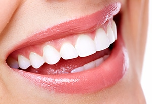 11 Factors That Make Your Smile Attractive